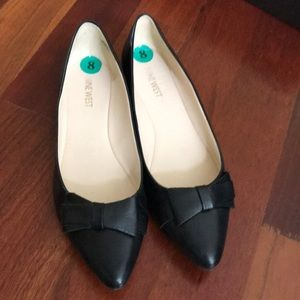 Nine West black leather flats